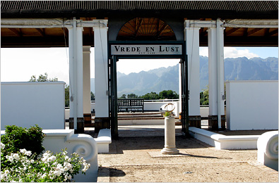 Vrede en Lust gets the most votes at JHB WineX 2009 photo