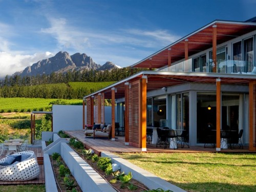 clouds estate e1428593836625 The Top 25 Most Romantic Wineland Wedding Venues