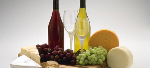 Does wine go well with cheese? photo