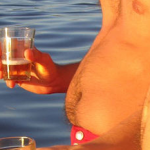 Does beer cause a beer belly? photo