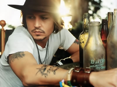 Johnny Depp spotted enjoying a drink at Red Lion pub in St Margaret`s-at-Cliffe near Dover photo