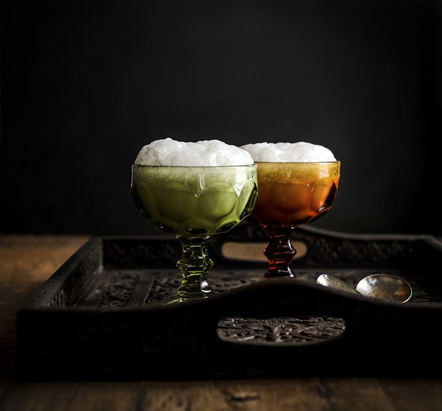 Soyer au Champagne. The original ice-cream float from 1888 photo