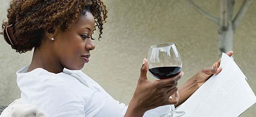 Glass of wine a day keeps stroke at bay photo