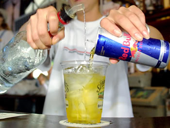 vodka redbull The Best Drinks To Have At A Casino