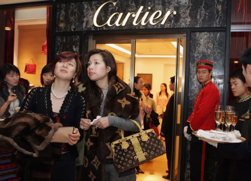 Luxury Brands Can No Longer Ignore Sustainability photo