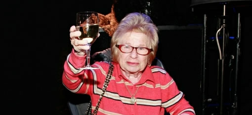 Sex therapist launches wine to arouse photo