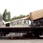 The World`s Largest Lollipop, Weighing in at 3.5 Tons photo