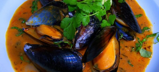 Spicy Thai Red Mussels photo
