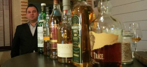 Become a whisky boffin at the Bascule Bar photo