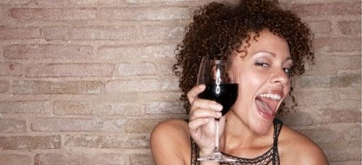 5 ways red wine keeps you healthy photo