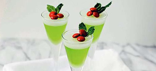 Mistletoe Jelly Shots for Christmas photo