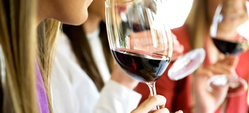 How to cleanse your palate between tasting wines photo