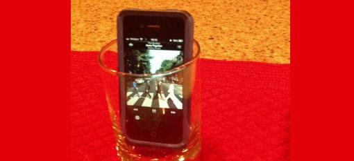 Whiskey glass makes nifty smartphone speaker photo