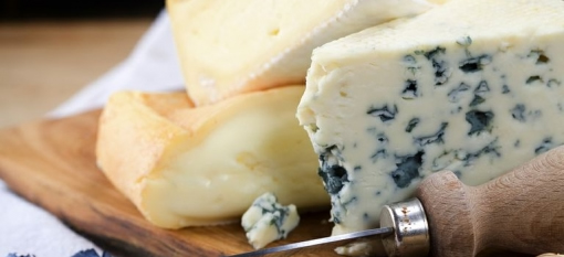 Preparing the perfect cheese platter with Boland Cellar and KosVos photo