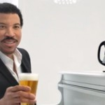 Lionel Richie seduces beer drinkers in new Tap King commercial photo