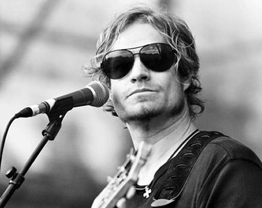 Gala benefit evening with Arno Carstens photo