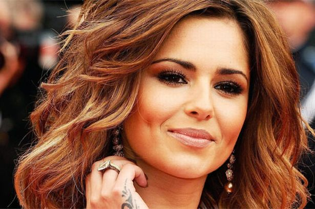 Cheryl Cole likes drinking red wine and having the occasional cigarette photo
