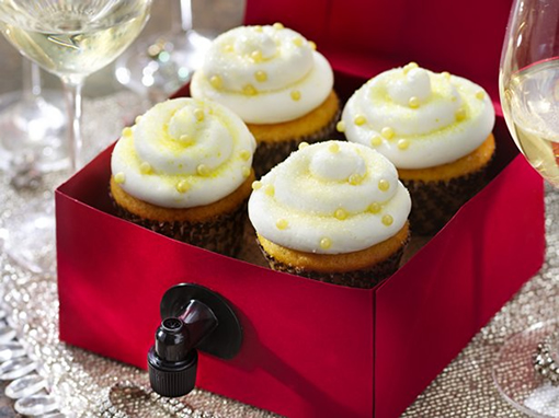 wine cupcakes Boozy Cakes To Make On #WorldBakingDay