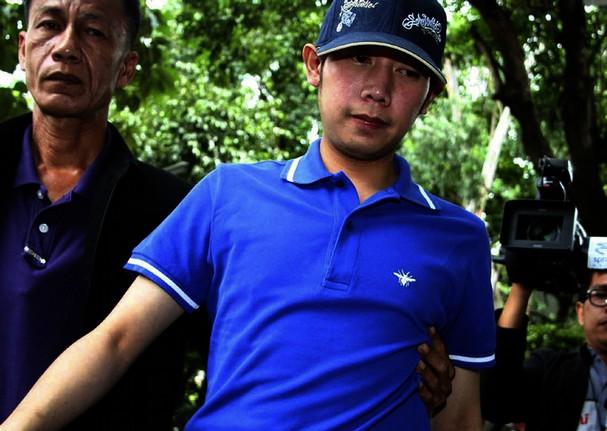 Thai prosecutors to issue arrest warrant for Red Bull heir Vorayuth Yoovidhya photo