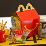 McDonald`s to Offer Salad and Fruit Alternatives to Fries, Sodas photo