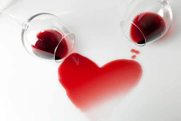 Spoil your Valentine with seductive wine deals from 5ounces.co.za photo