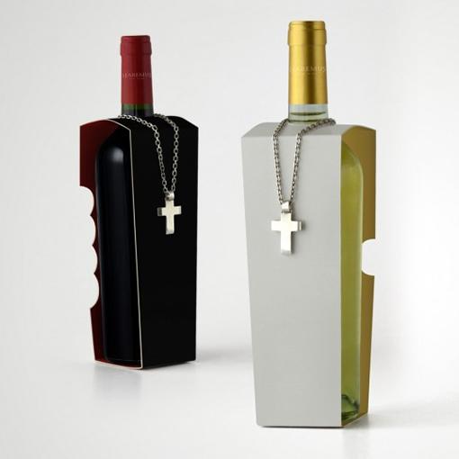 Packaging Spotlight: Habemus Wine photo