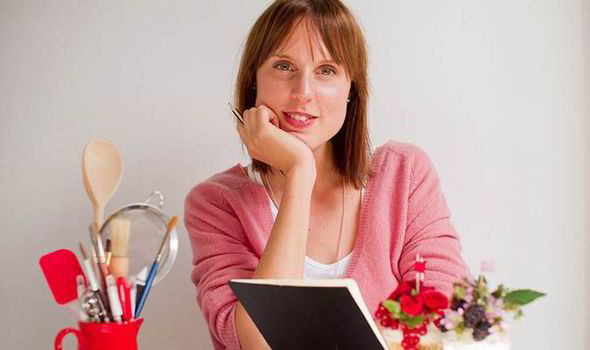 'What does Paul Hollywood smell like? Dough.' Bake Off winner Frances Quinn dishes all photo