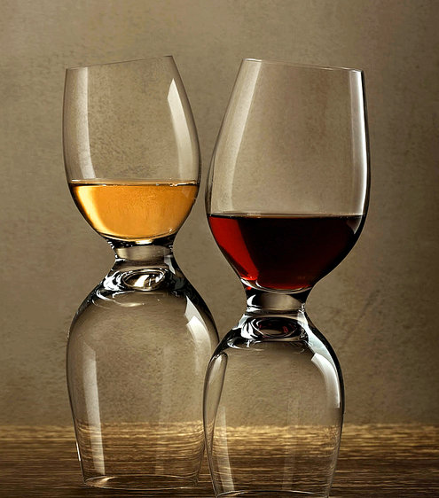 A Wineglass That`s Always Tipsy photo