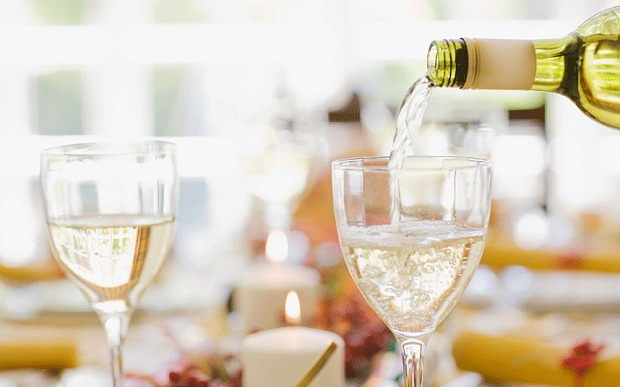 How To Make Bad White Wine Drinkable photo