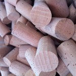 Cork brings beneficial phenolics to wine photo