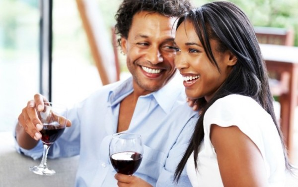 Red grapes and wine helps fight depression photo