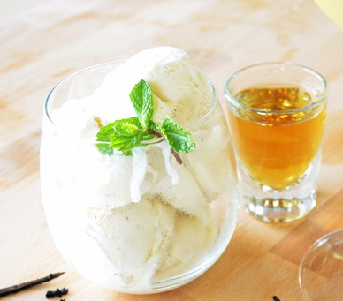 bourbon vanilla 700 Fancy Wine Pairings Lazy People Will Love