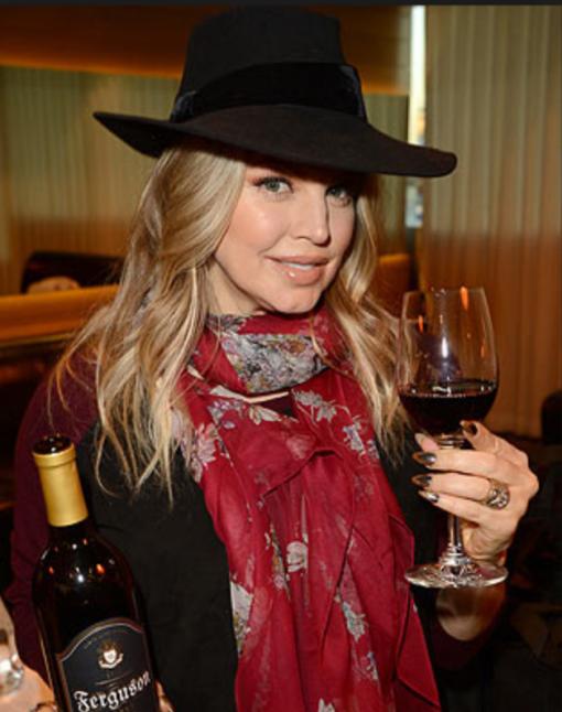 Fergie serves Ferguson Crest wine at her 40th birthday bash photo