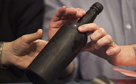 Experts dismayed as 150-year-old wine tastes mainly of saltwater photo