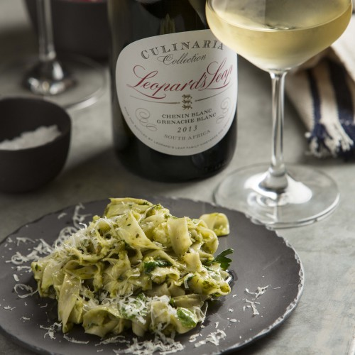 Pasta and a white blend for an energetic weekend! photo