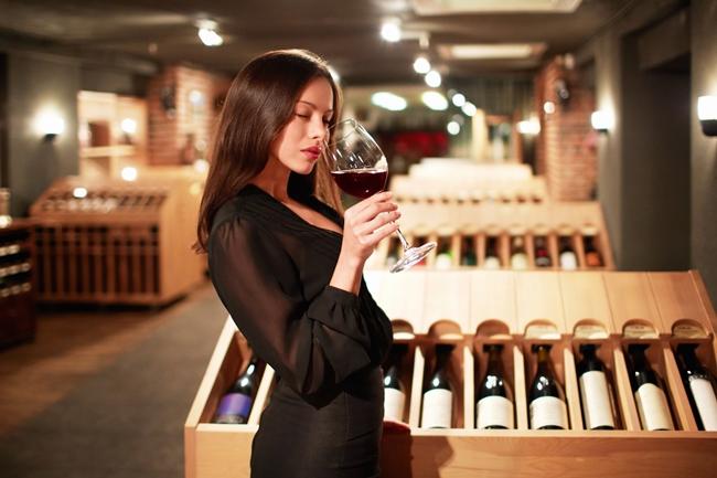 How to taste Wine photo