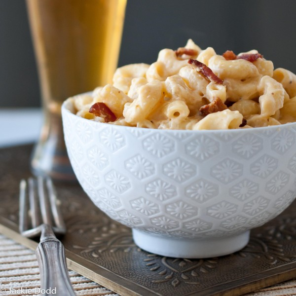 Bacon Mac and Cheese with Jack Daniels photo