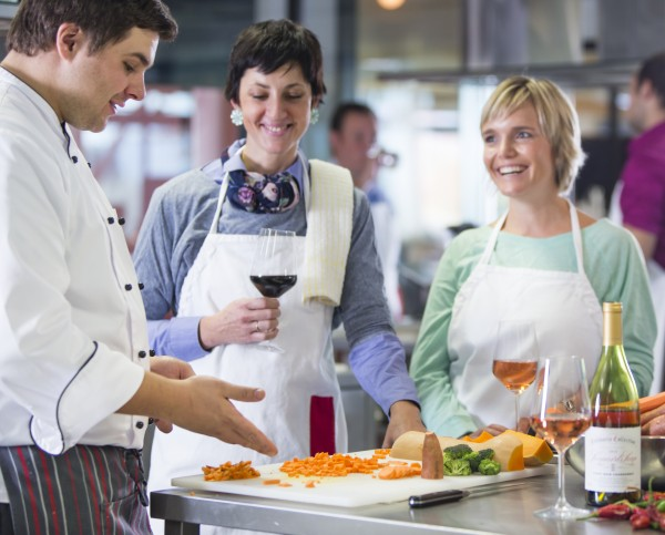 Cooking classes to perfect cookery skills and broaden culinary horizons photo