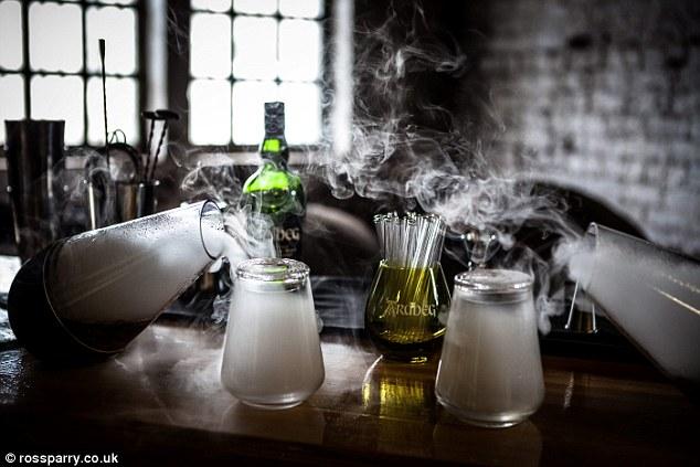 Scottish distillery creates world`s first single malt VAPOUR photo