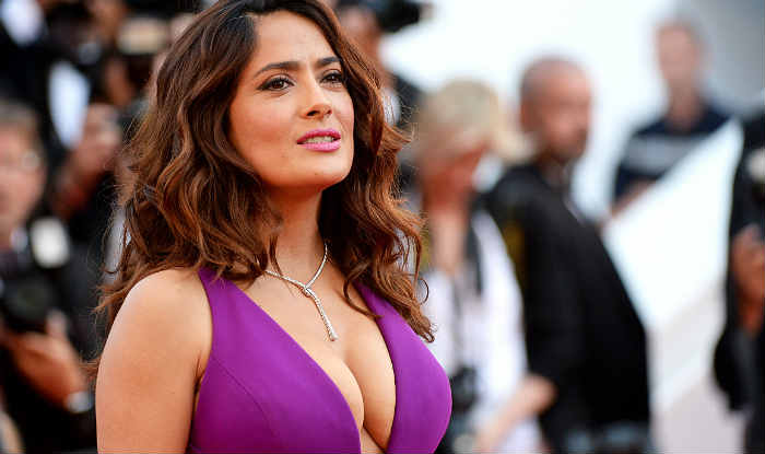 Salma Hayek drinks cow bone broth to maintain her youthful skin photo