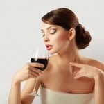A daily glass of red wine benefits your brain age photo