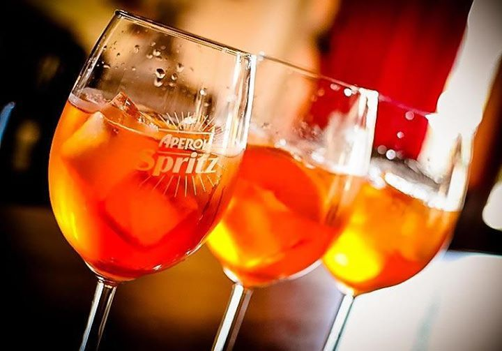 aperol spritz facebook.0 7 Two ingredient Cocktails That Taste and Sound Fancy