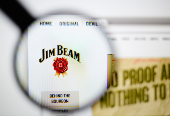 Why Jim Beam Is Running Snapchat Ads to Launch a New Apple-Flavored Bourbon photo