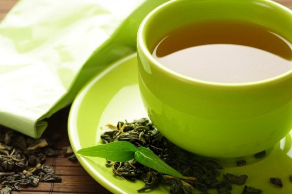 Drinking green tea before taking supplements may protect you from toxicity photo