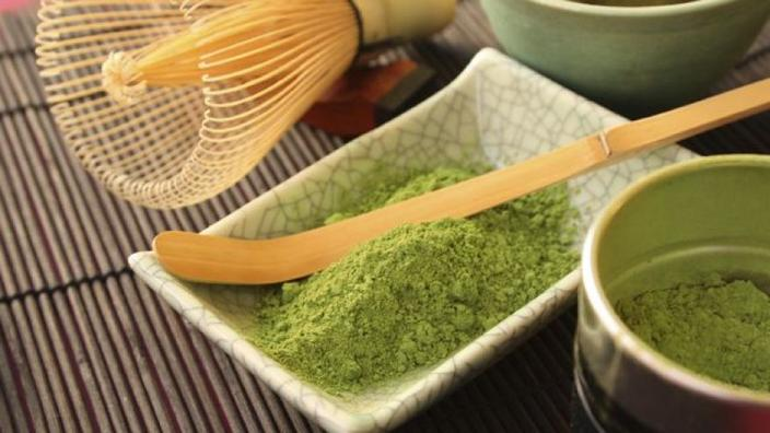 Matcha tea has 10 times more antioxidants than green tea photo