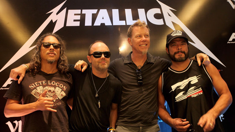 METALLICA Teaming Up With BUDWEISER For Limited Edition Beer photo