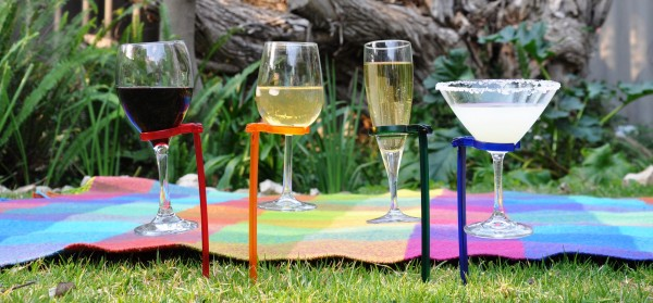 Dont`t spill a drop with these Hands Free wine glass holders photo