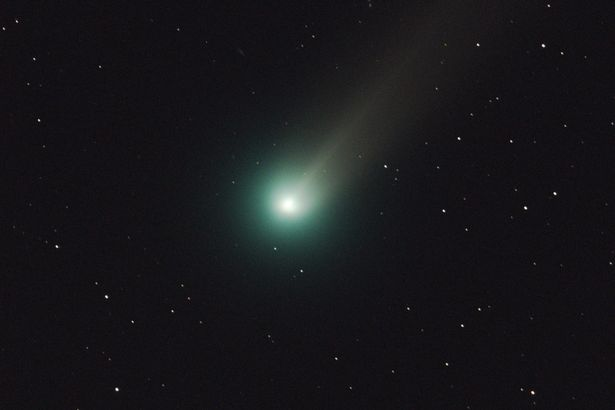 This Comet has enough alcohol to fill 500 wine bottles every second photo