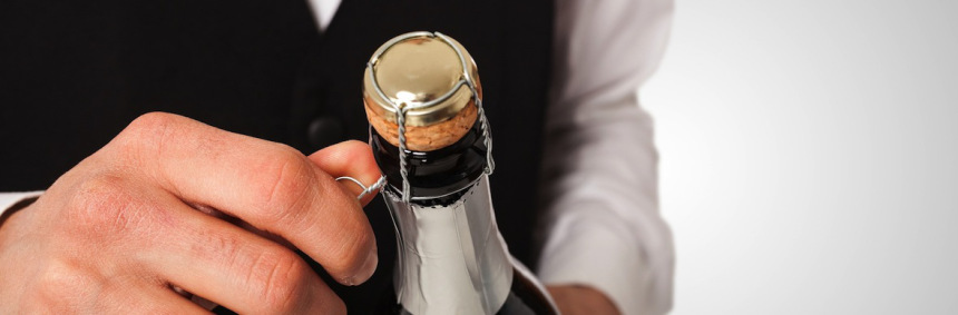 3 Tips for serving your Champagne the RIGHT way photo