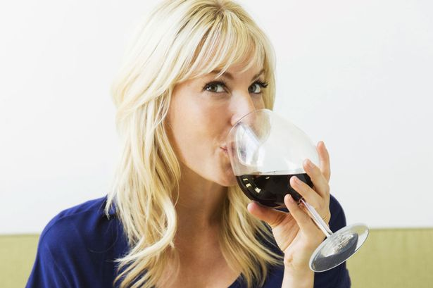 Swedes drink more organic wine than the French, Brits and Germans photo
